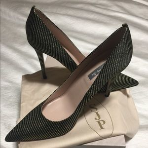 Brand new never been worn SJP pumps